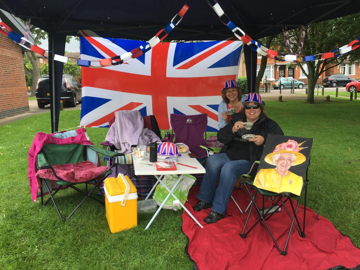 #Anstey Picnic in Park for the #Queenat90